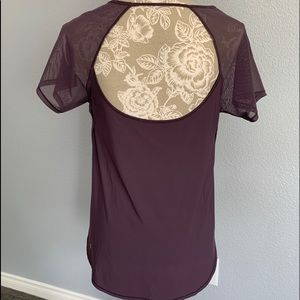 Lululemon Athletica sheer top side split top sz s